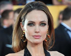 Анджелина Джоли уходит в политику