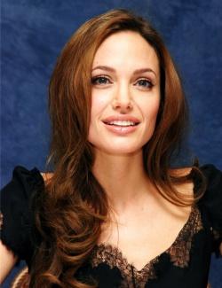 Анджелина Джоли снова беременна!