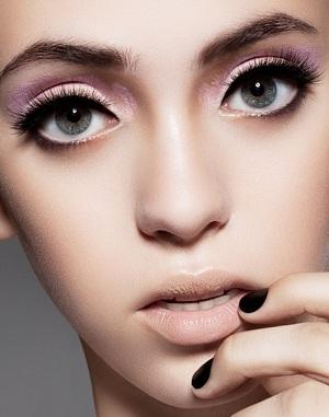 Учимся увеличивать глаза при помощи макияжа