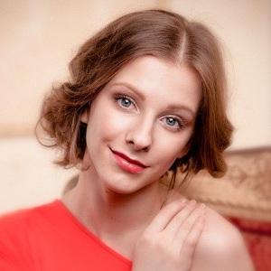Актриса Лиза Арзамасова