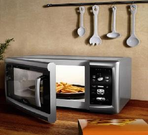 Нужна ли дома микроволновая печь?