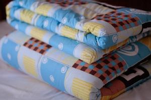 Одеяла на овечьей шерсти - полезные и лечебные свойства