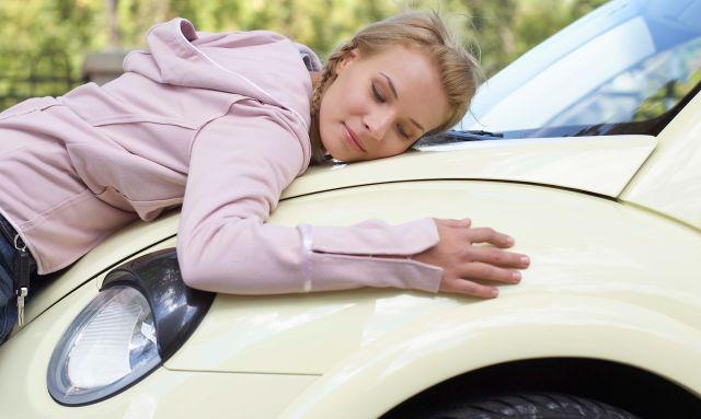 Как выбрать женщине автомобиль