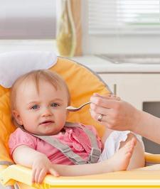 Чем кормить малыша в 11 месяцев?
