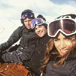 Йена Сомерхолдер и Никки Рид отпраздновали Рождество в горах