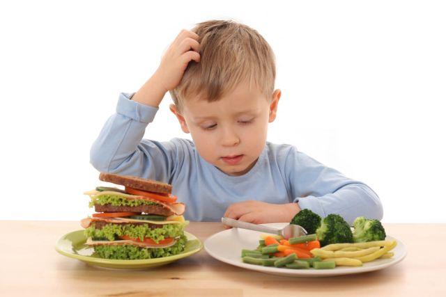 Полезная еда или чем правильно кормить ребёнка