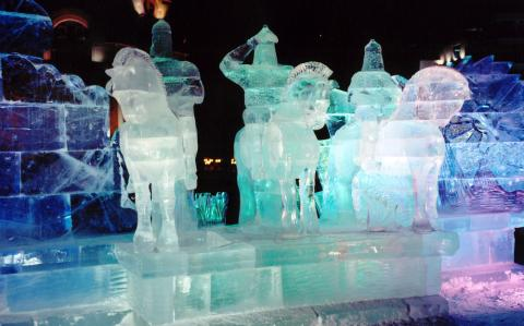 город изо льда в Челябинске