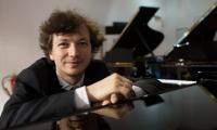 Пианист Михаил Мордвинов